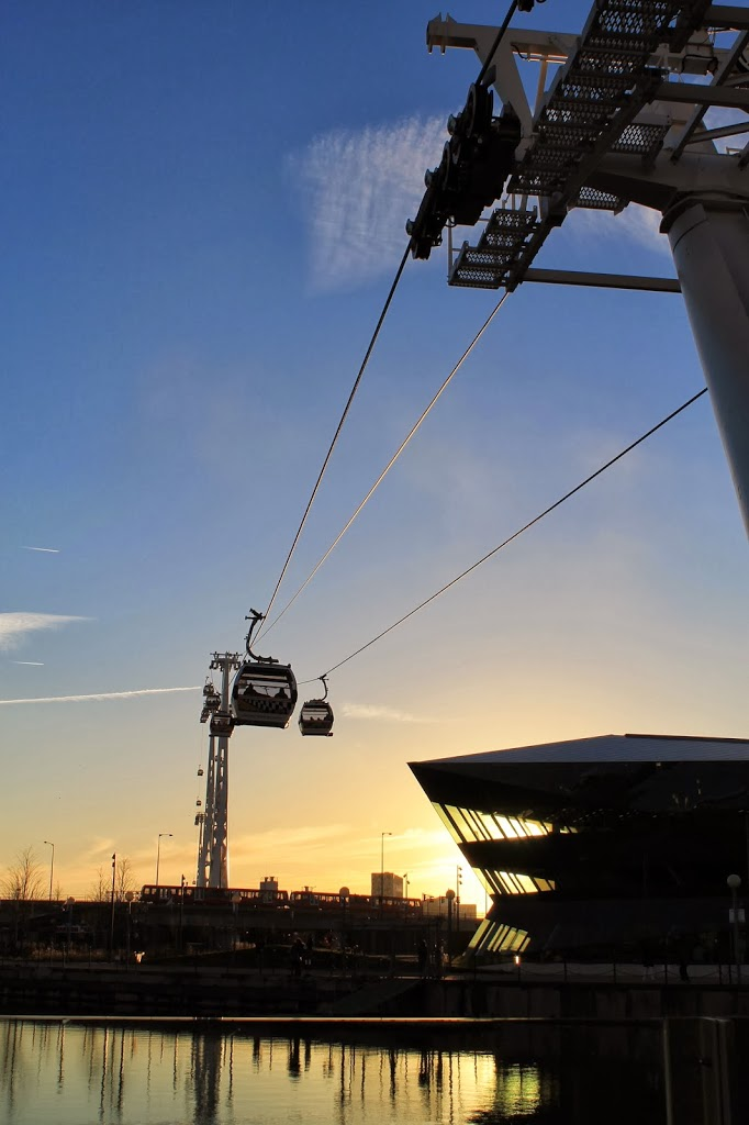 emirates air line at sunset things to do in london