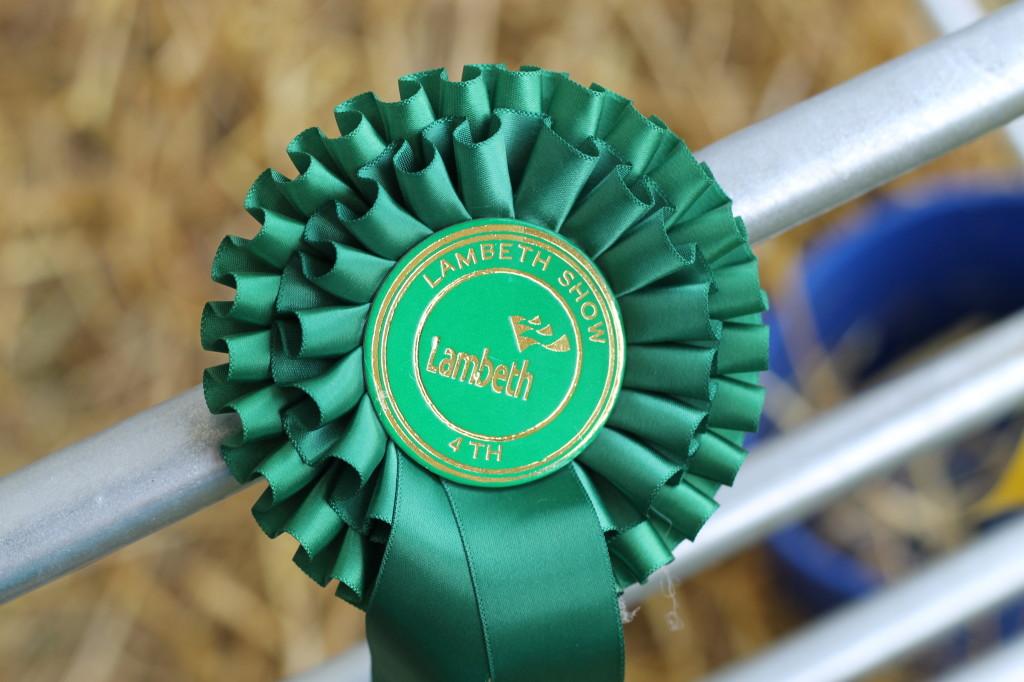 prize badge
