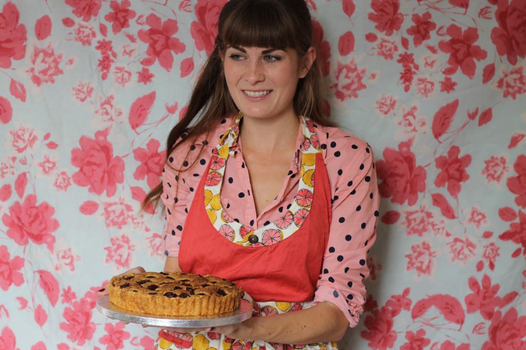 presenting tart