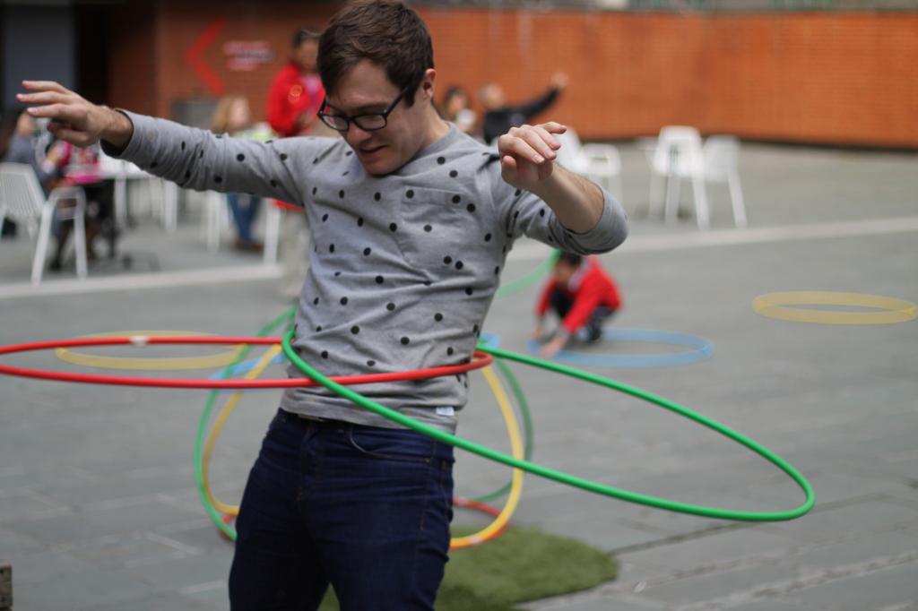 sam double hula hoops