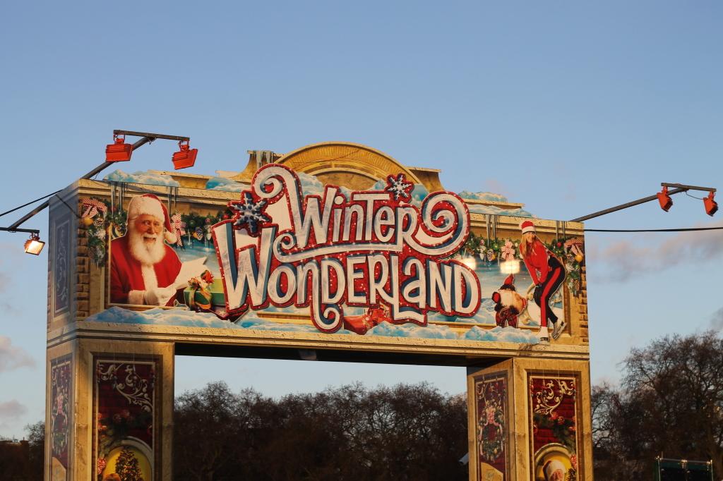 winter wonderland gate