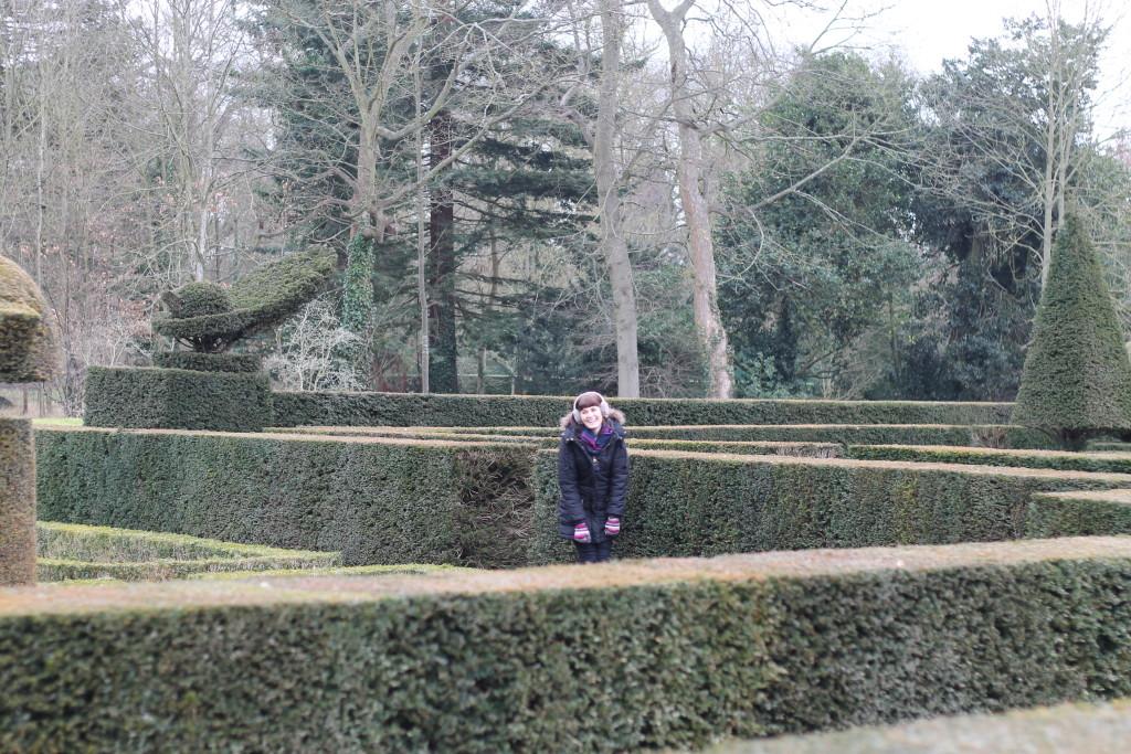 hiding in maze
