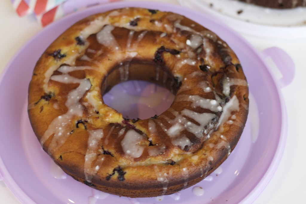 blueberry and lemon drizzle bundt