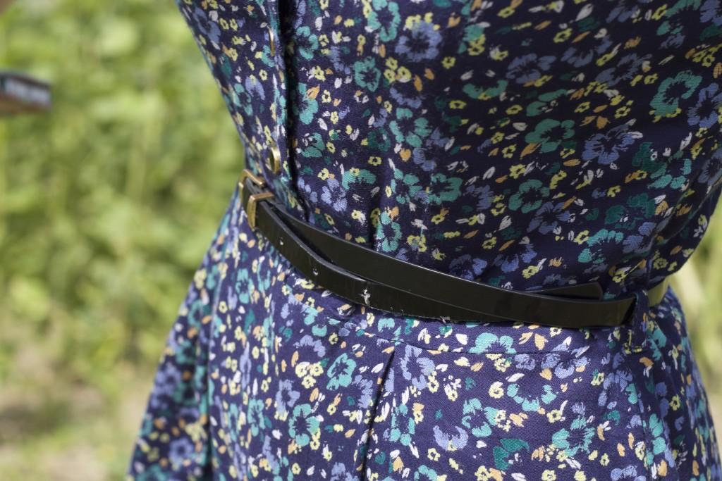 close up on yumi dress belt