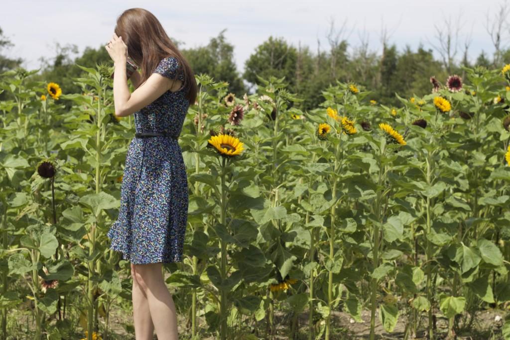 yumi dress and sun flowers