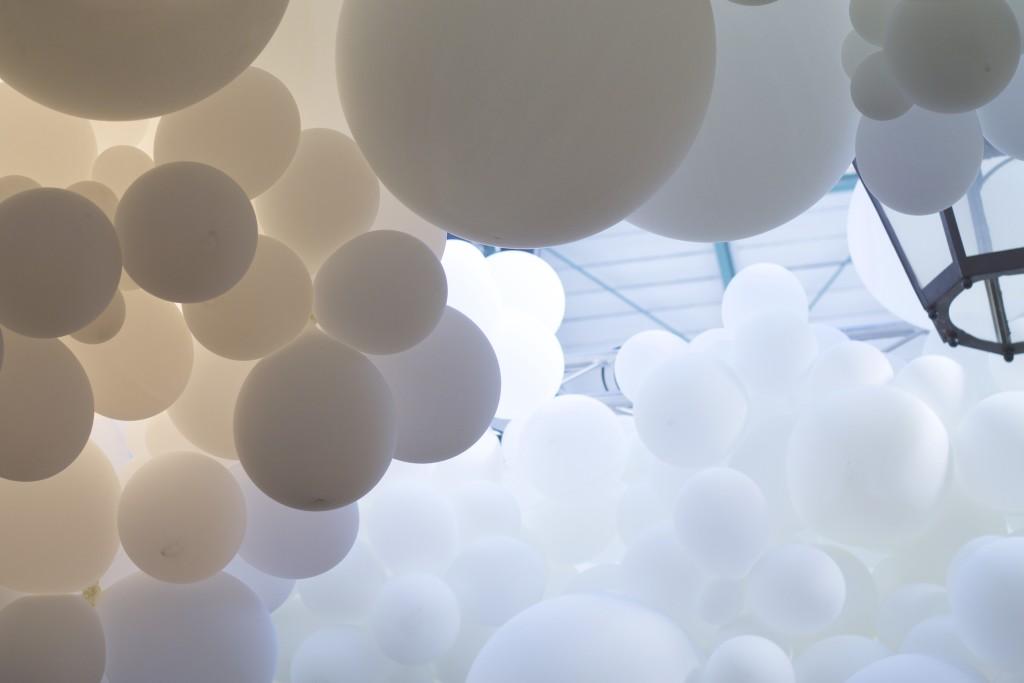 balloons up close