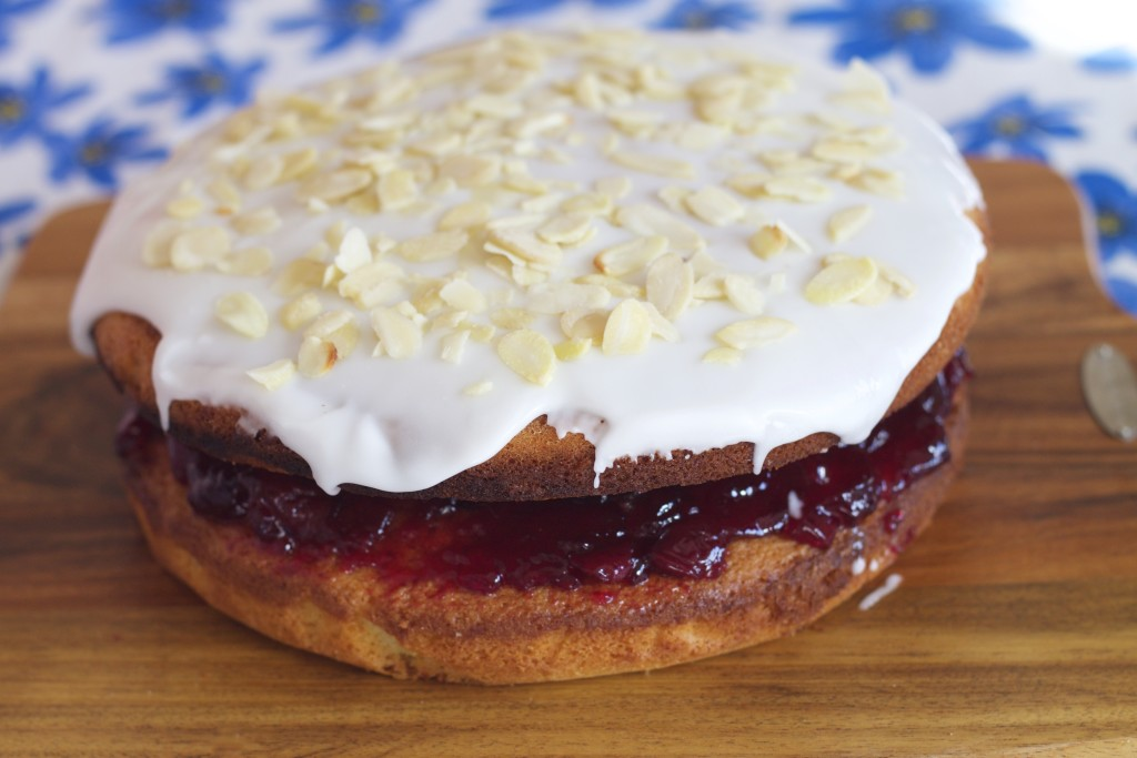 bakewell tart cake