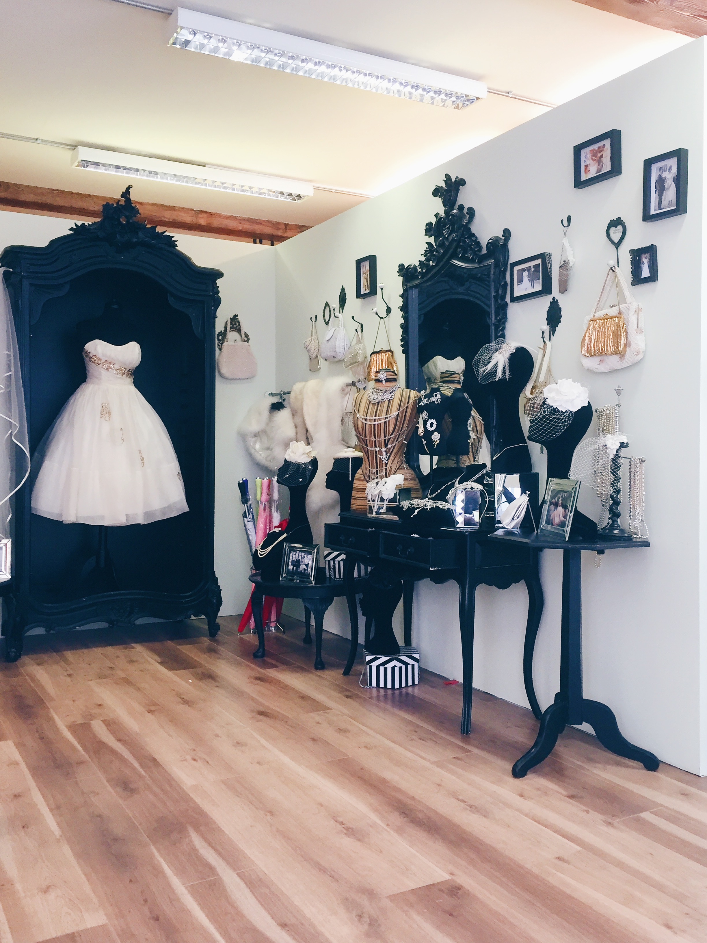 A Guide to Alternative Wedding Dress Shopping in London