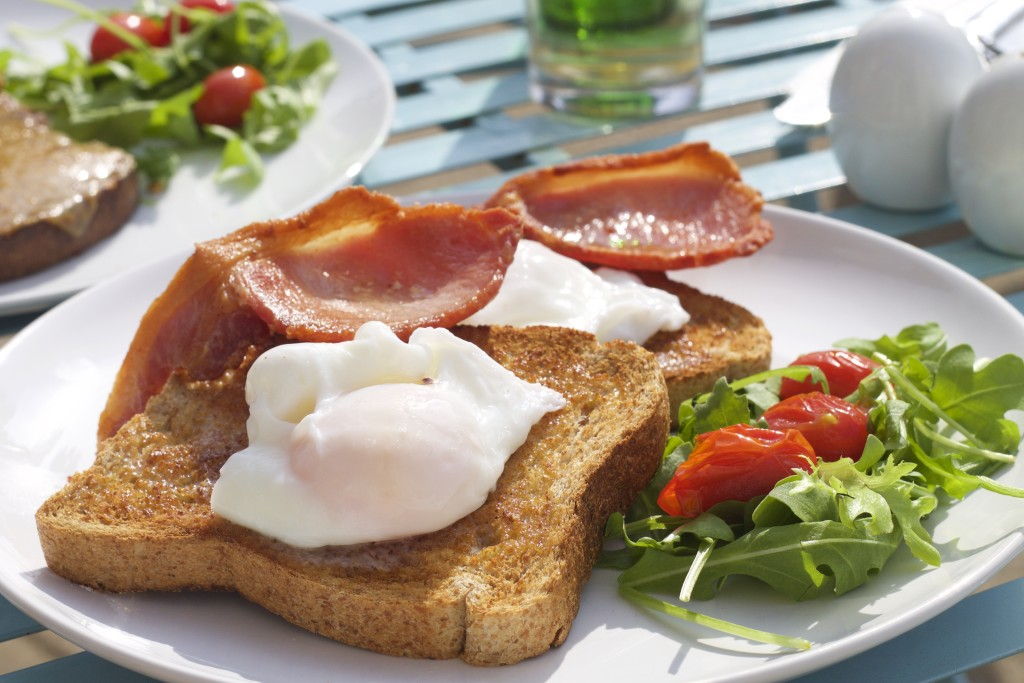 poached eggs on toast at bluebells