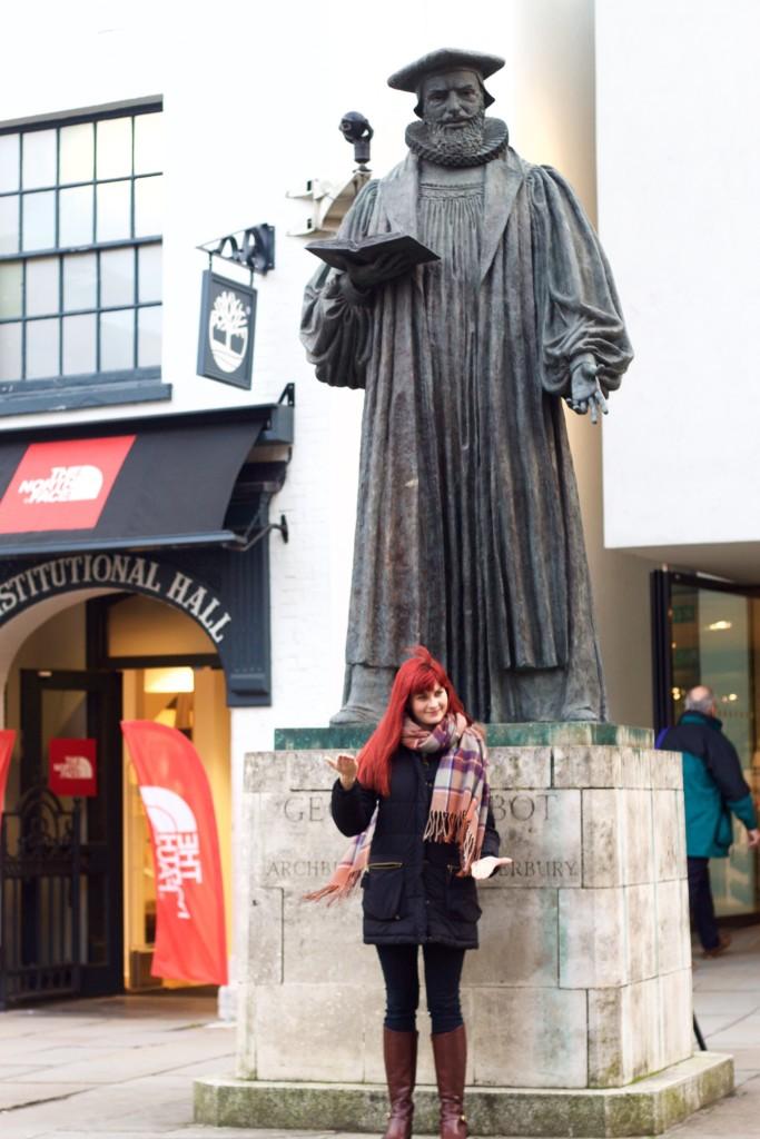imitating statue