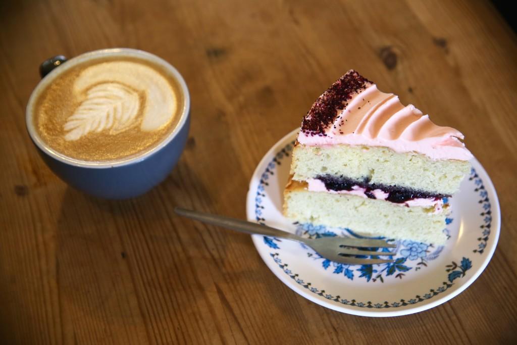 hibiscis cake