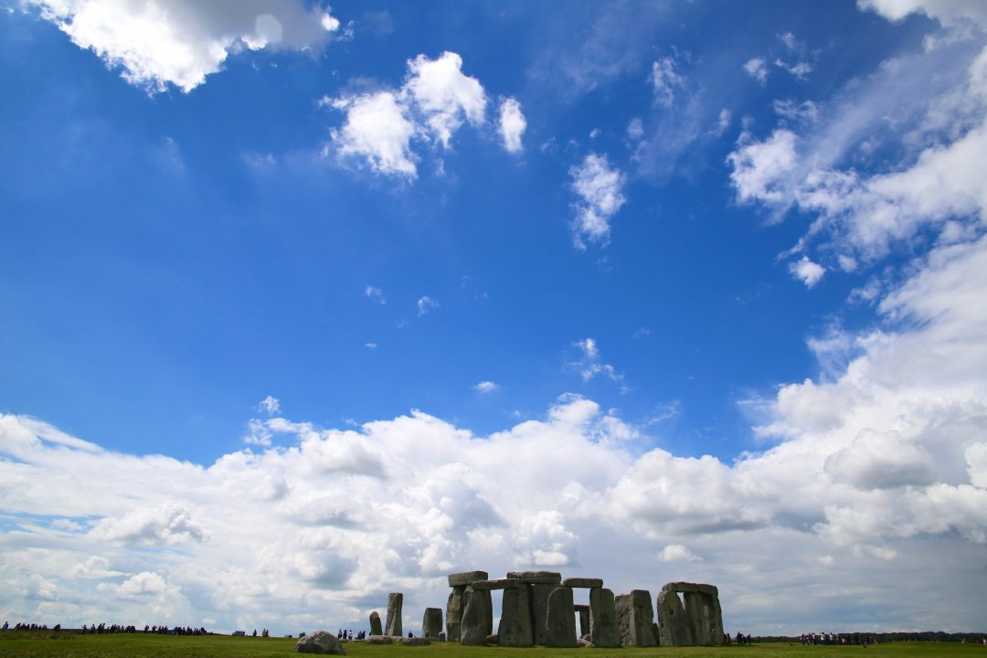 how to go to stonehenge from bath