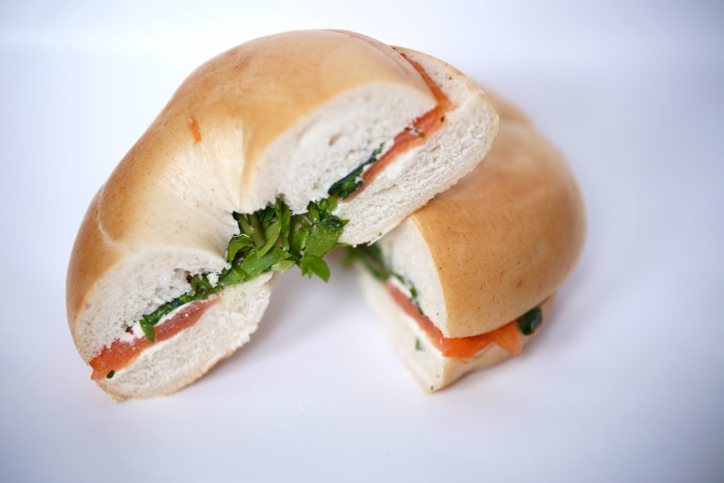tom's kitchen salmon bagel