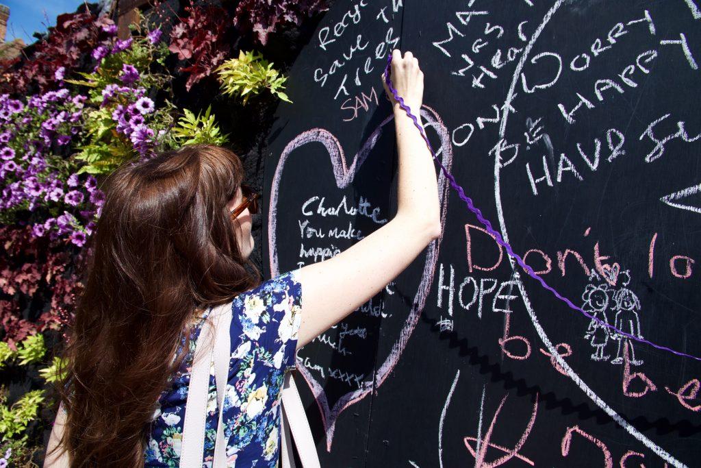 love wall drawing