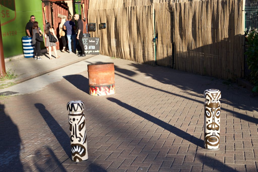 tiki inspired poles
