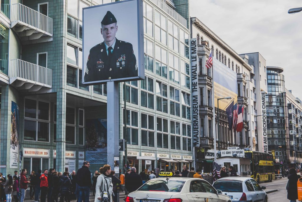 checkpoint-charlie-2