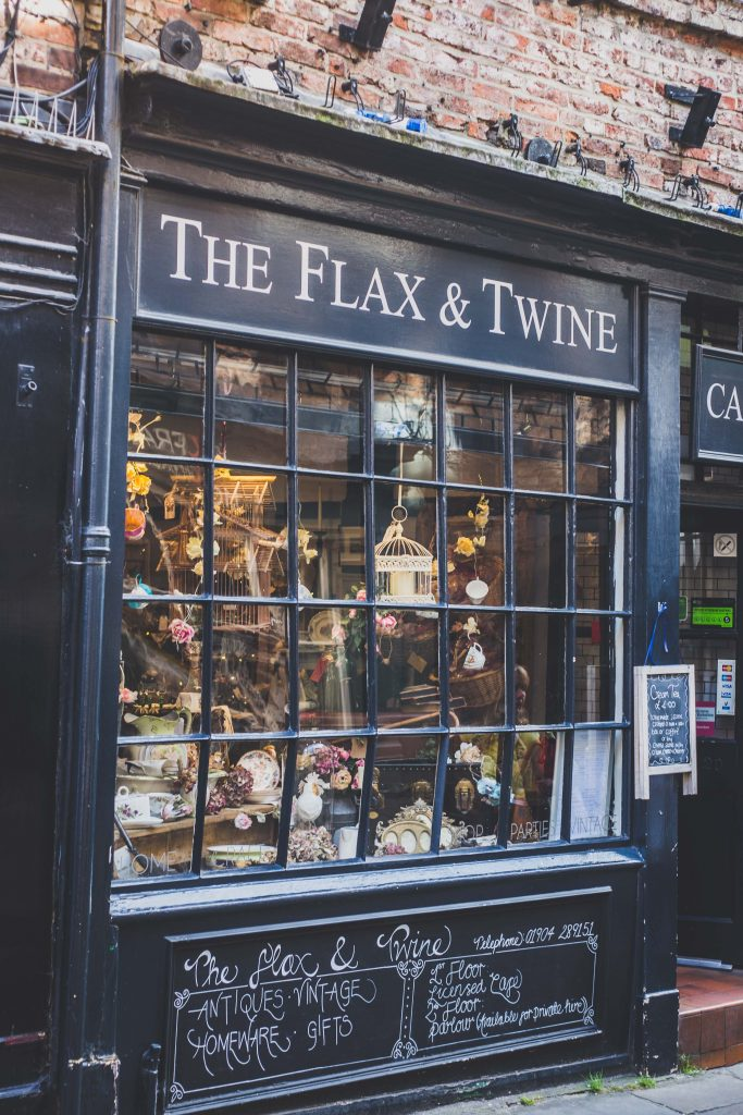 flax-and-twine