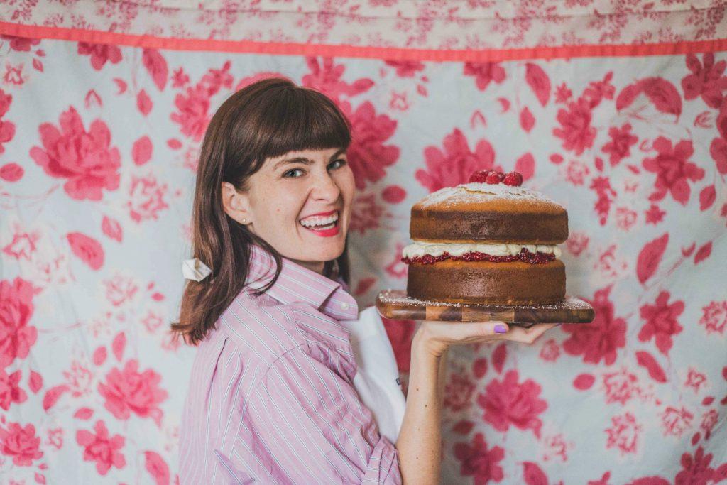 more-presenting-cake