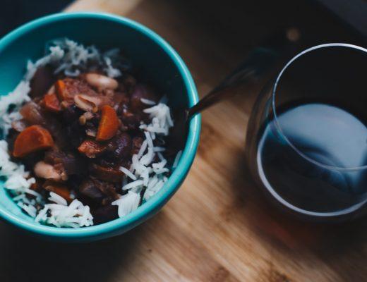 vegan beans in red wine