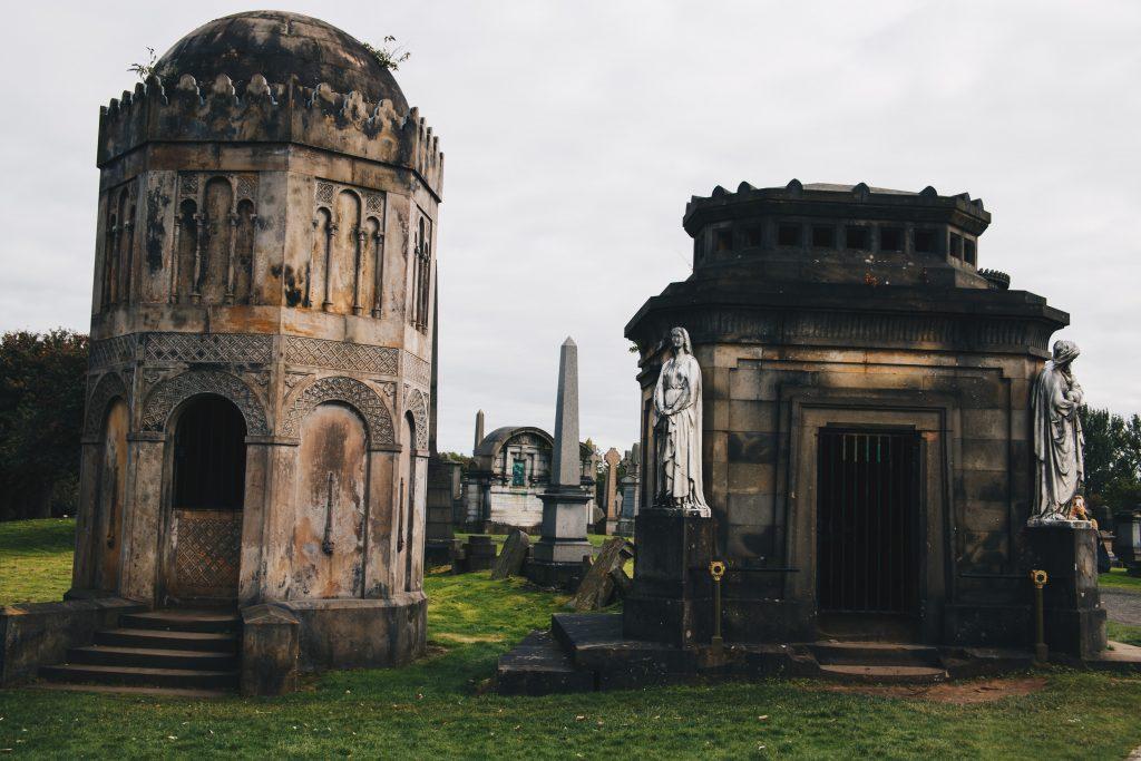 crypts in Glasgow Necropolis