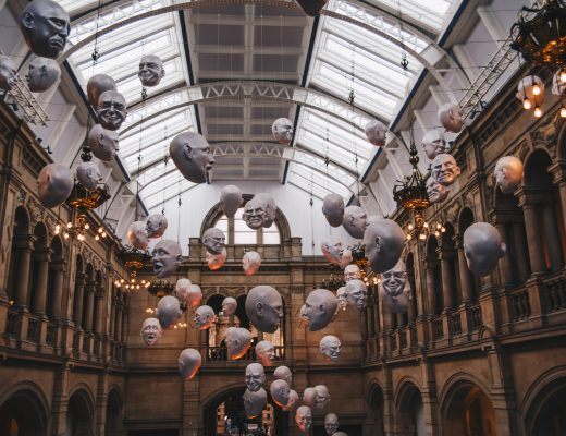 heads in kelvingrove museum