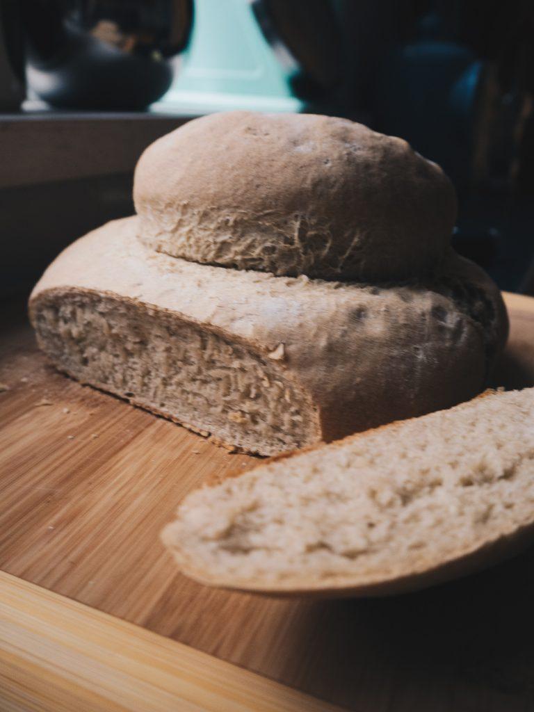 sliced cottage loaf