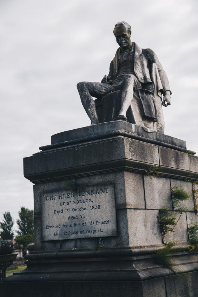 statues Glasgow Necropolis