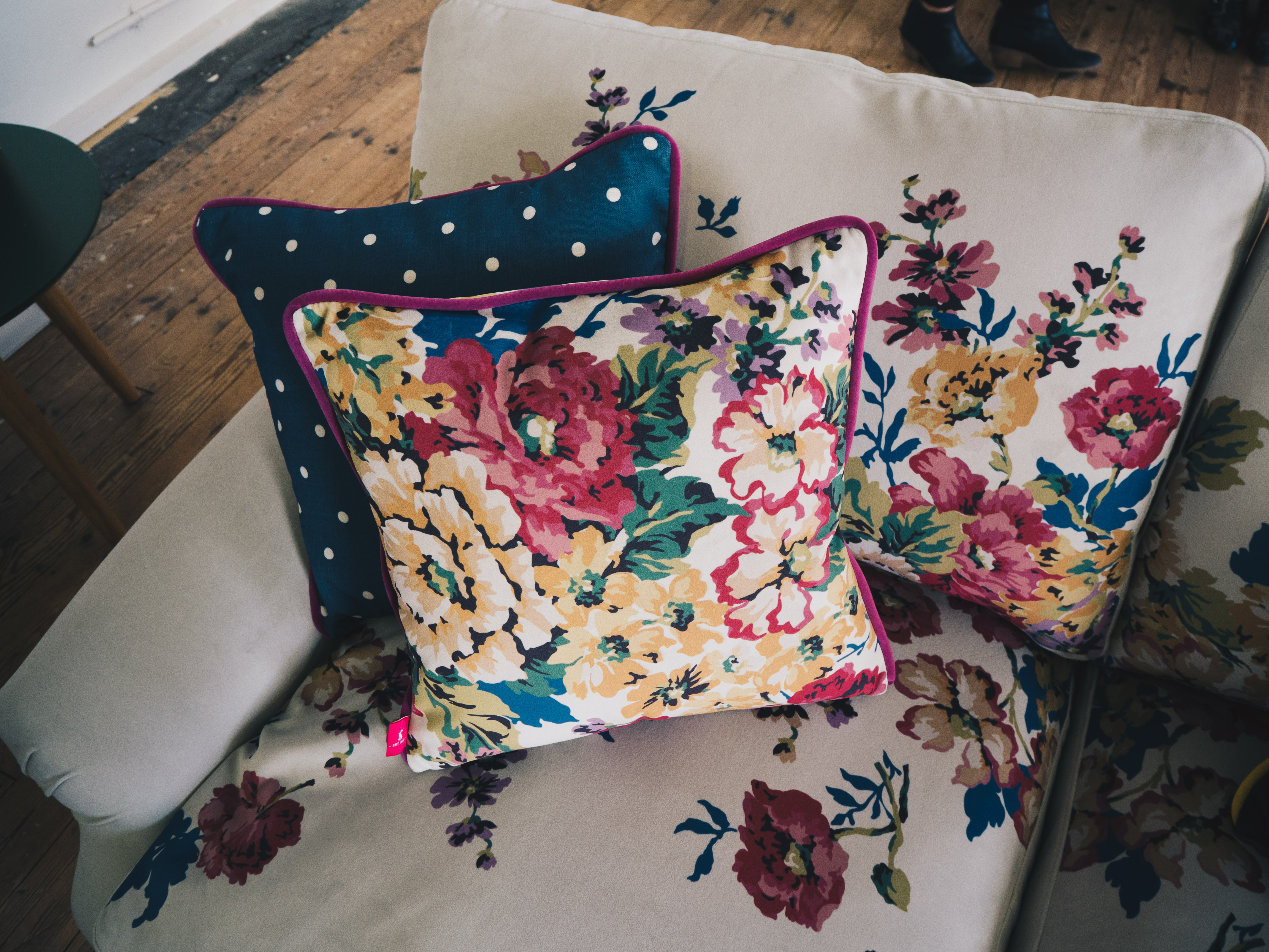 Awe Inspiring At Dfs For The Joules Dfs Collaboration Sneak Peek Rhyme Andrewgaddart Wooden Chair Designs For Living Room Andrewgaddartcom
