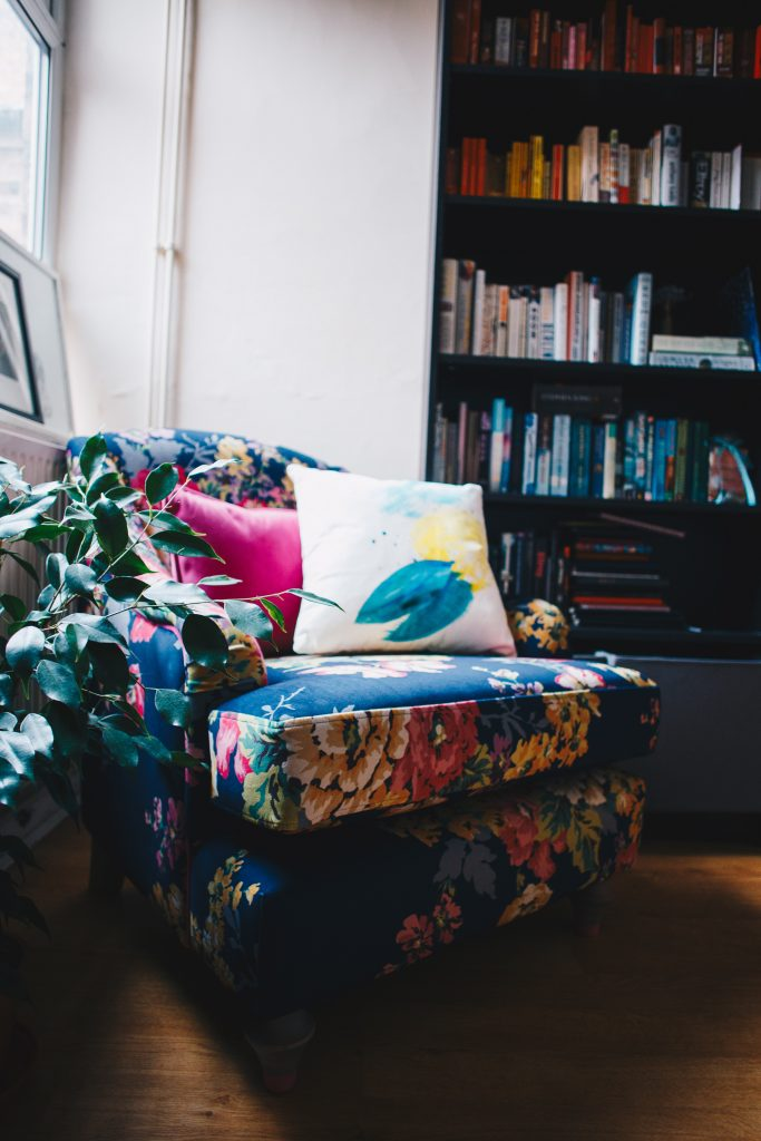joules x dfs chair