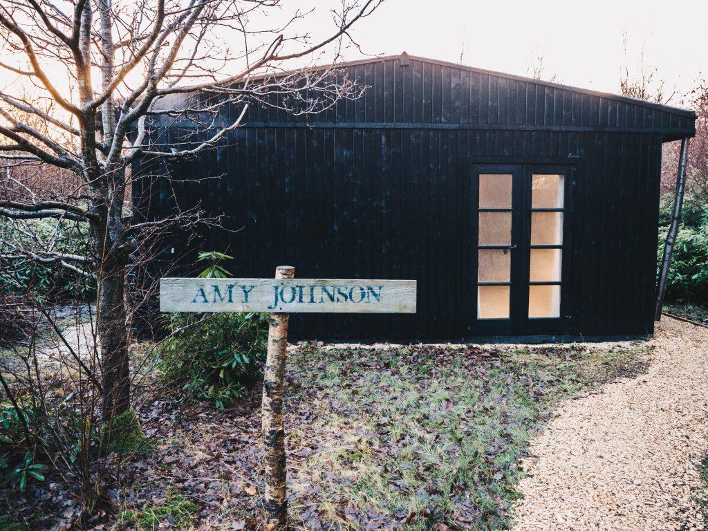 outside amy johnson cabin