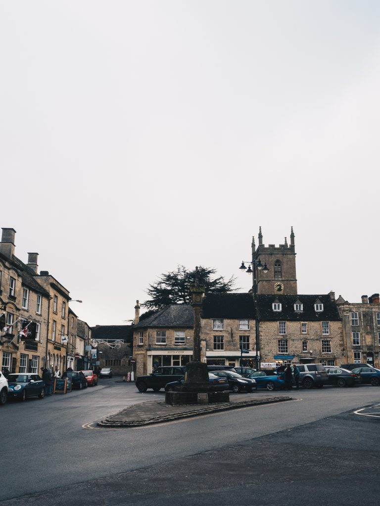 stow on the wold city square